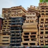 供应二手木卡板,木方,压木板,中纤板,松木板