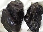 供应黑色高熔点半精炼石蜡