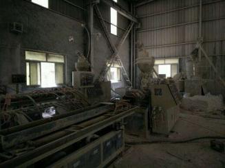 供应2台51挤出机,混料机,磨粉机,破碎机