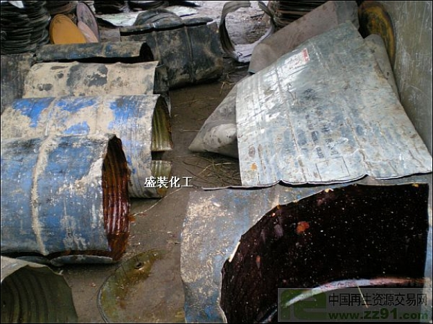 求购废旧铁桶,黄磷桶,废油桶
