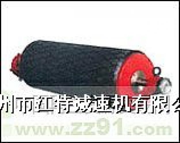 •  电动滚筒有封闭结构的接线盒,可随同主机安装在露天或