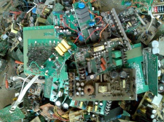 产品标签:废旧电路板